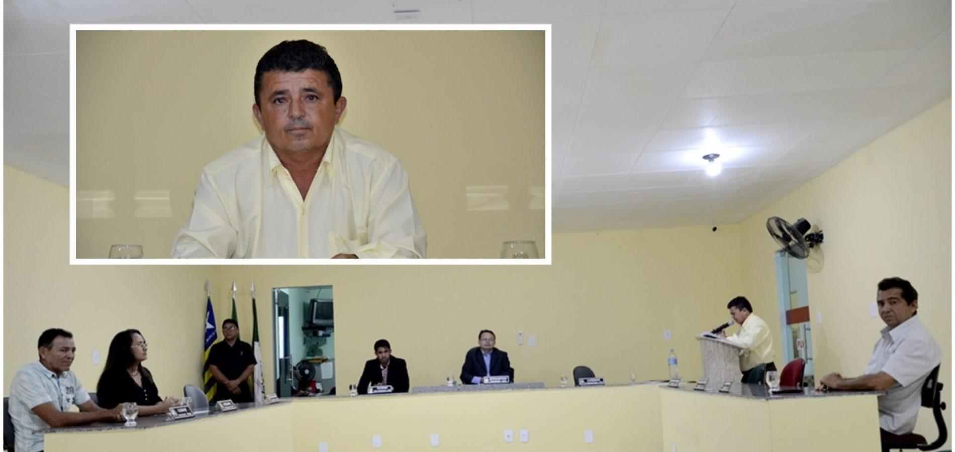 Vereador solicita recuperação e roço de estradas vicinais em Belém do Piauí