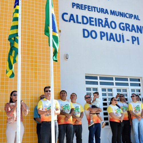 CALDEIRÃO 26 ANOS | Atividades cívicas e esportivas movimentam o segundo dia de comemorações; fotos
