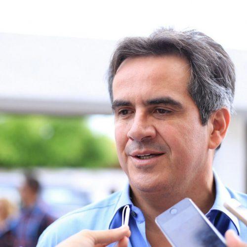 """""""Na eleição ele estará aqui"""", diz Ciro sobre efeitos da viagem do governador"""