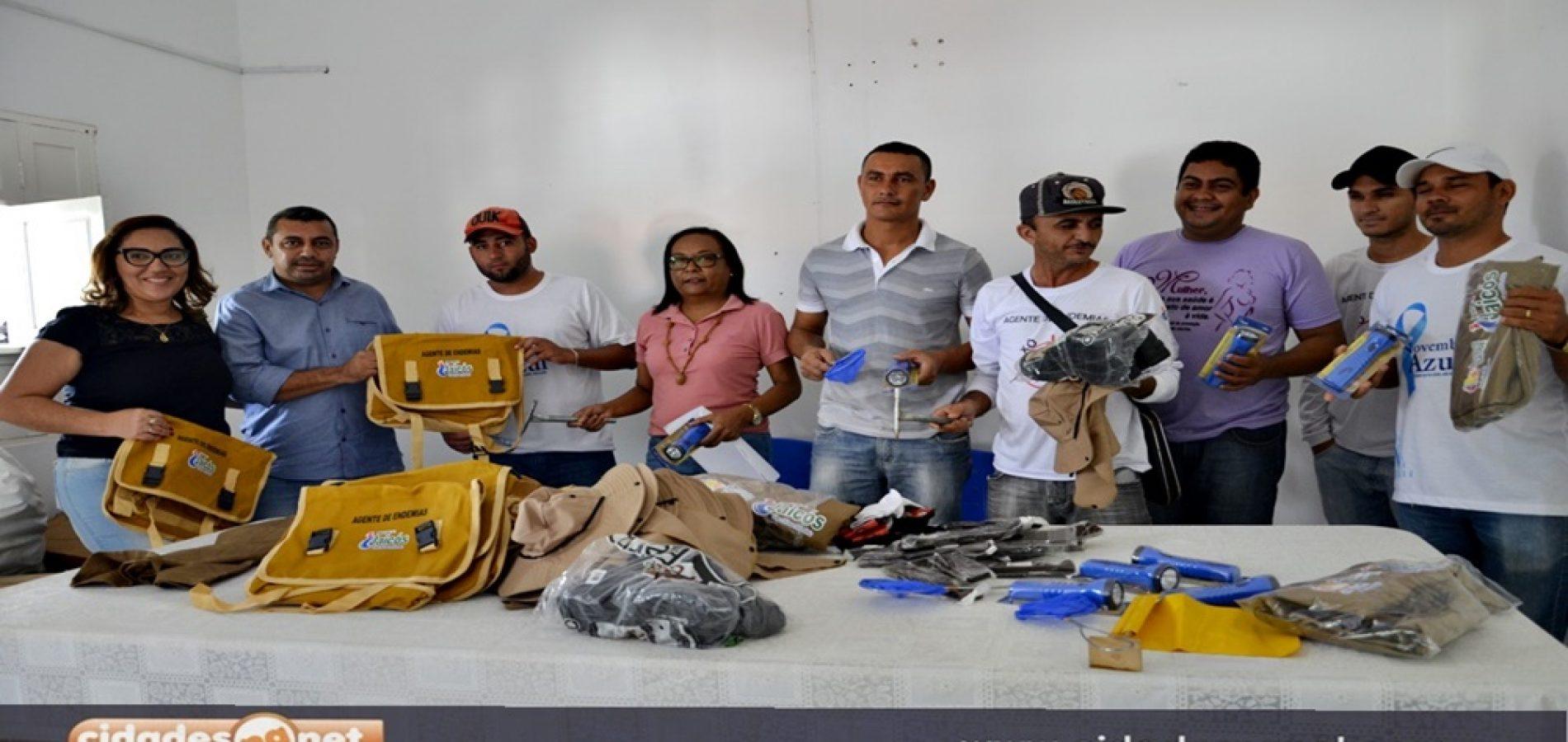 Prefeitura de Jaicós faz entrega de uniformes para agentes de endemias