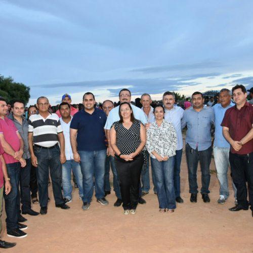 Deputado Georgiano visita lideranças, obras e prestigia evento esportivo em Simões