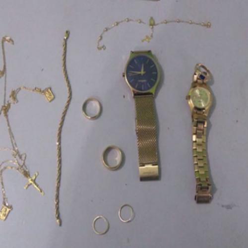 Polícia encontra joias roubadas de joalheria no PI e prende dois suspeitos