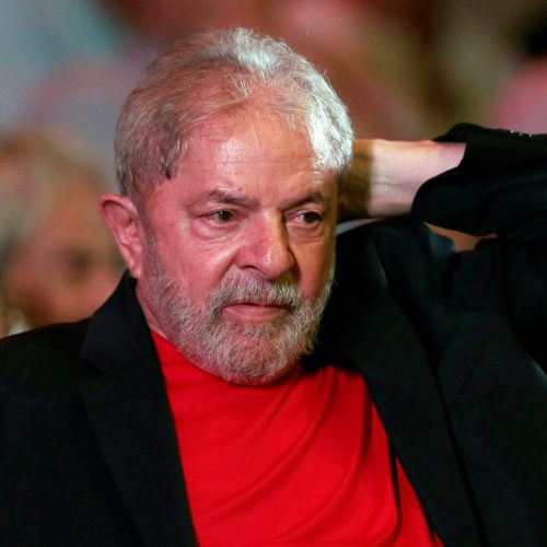 Defesa recorre contra decisão de Fachin e pede liberdade de Lula