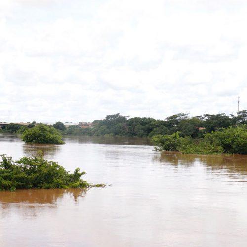 Prefeito decreta situação de emergência em Teresina após cheia dos rios