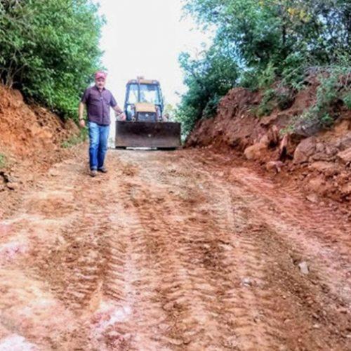 Prefeitura de Simões trabalha na recuperação das estradas vicinais