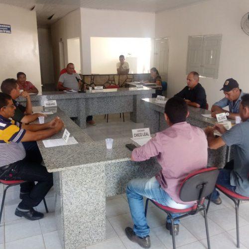 Em sessão, vereador de Caridade do Piauí lamenta prisão de Lula