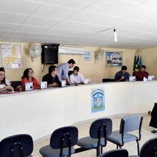 Em Vila Nova, requerimentos e Projetos de Lei são aprovados em sessão ordinária; veja na íntegra