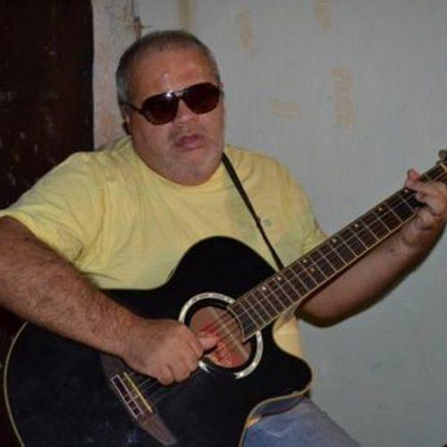 Após cirurgia no braço, músico Jorginho passa bem