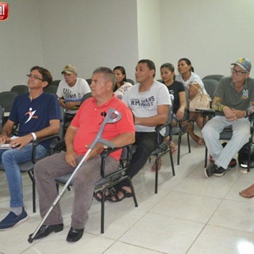 Donos de trailers buscam apoio da OAB de Picos para permanecer nas praças