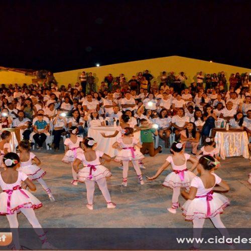 Prefeitura promove festa e homenageia mais de 500 mães em Vera Mendes