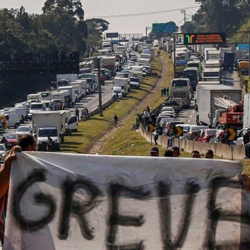Perdas com protestos de caminhoneiros superam R$ 9,5 bi em cinco dias