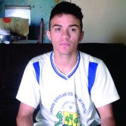 PICOS | Campanha arrecada doações para jovem fazer tratamento neurológico em Curitiba