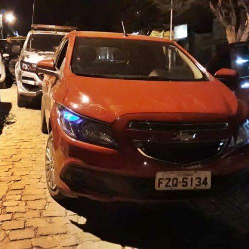 Carro clonado é apreendido pela Força Tática em Jacobina do Piauí