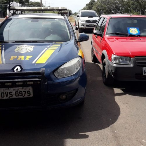 PRF apreende carro roubado em Floriano e registra 9 acidentes em operação no Piauí