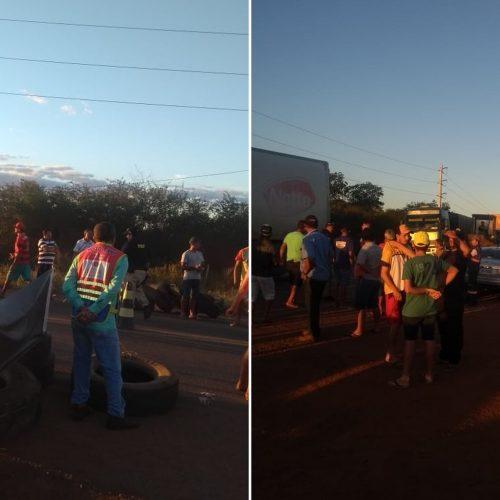 Caminhoneiros bloqueiam rodovia em Picos contra aumento de combustíveis