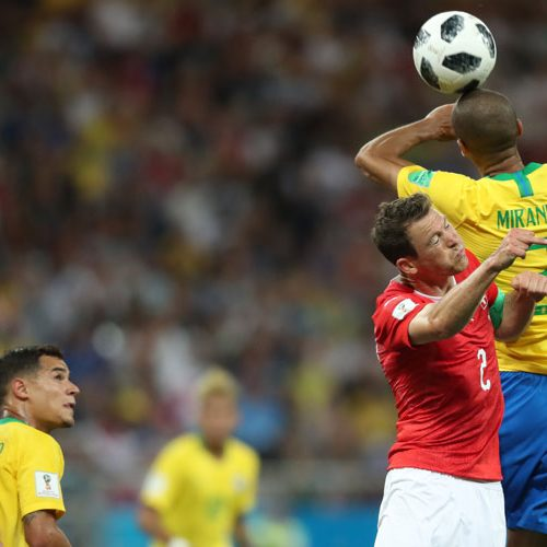 """Pela primeira vez, diretor da Fifa admite """"erro"""" em gol da Suíça"""