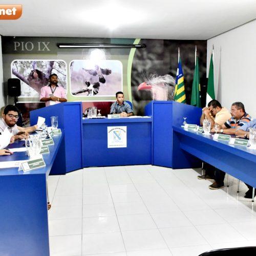 PIO IX | Câmara realiza sessão extraordinária, aprova LDO e vereadores discursam. Veja!