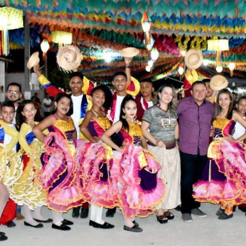 Apresentações culturais e show marcam abertura do 17º Arraia São João Batista de Vila Nova do Piauí