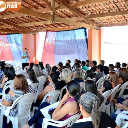 Educação de Patos realiza dia 'D' Municipal de discussãosobre a BNCC