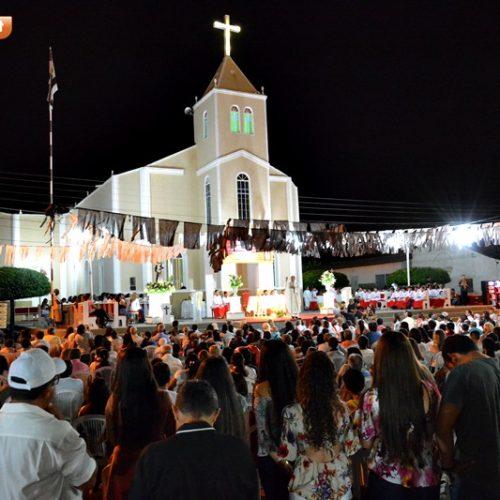 FOTOS | Procissão e missa de abertura dos festejos de Santo Antônio em Padre Marcos