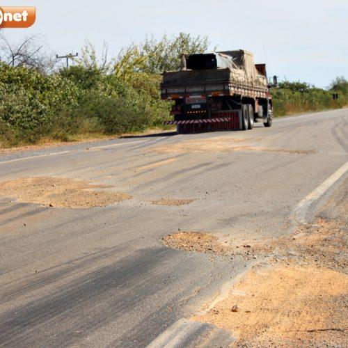 Buracos na BR 407 entre Jaicós e Paulistana causam acidentes, transtornos e prejuízos
