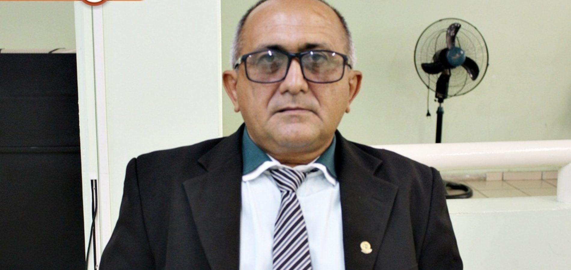 Vereador Divino solicita construção de aterro sanitário em Jaicós