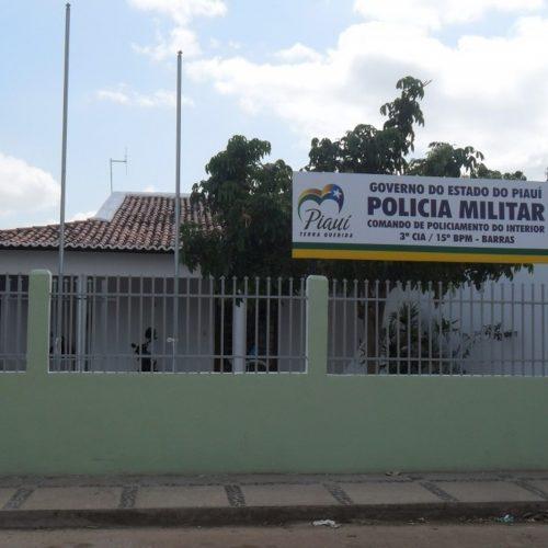 Presos fazem buraco em parede de cela e fogem de delegacia no Norte do Piauí