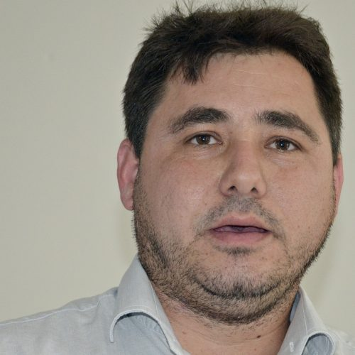 Prefeito de Padre Marcos paga abono salarial aos professores