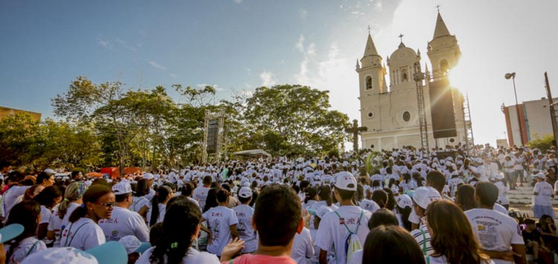Bando rende equipe da Caminhada da Fraternidade e rouba cerca de R$ 25 mil no Piauí
