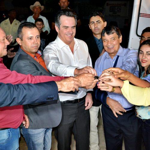 VILA NOVA | Prefeito e governador inauguram UBS e entregam ambulância no povoado São João Batista