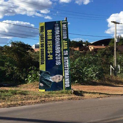 Militantes do Bolsonaro e LGBT entram em conflito por outdoor no PI e vão parar na delegacia