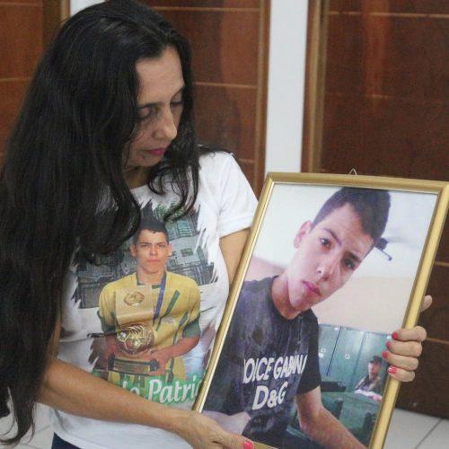'São cinco anos sem realmente saber o que aconteceu', diz mãe de jovem morto em protesto no PI