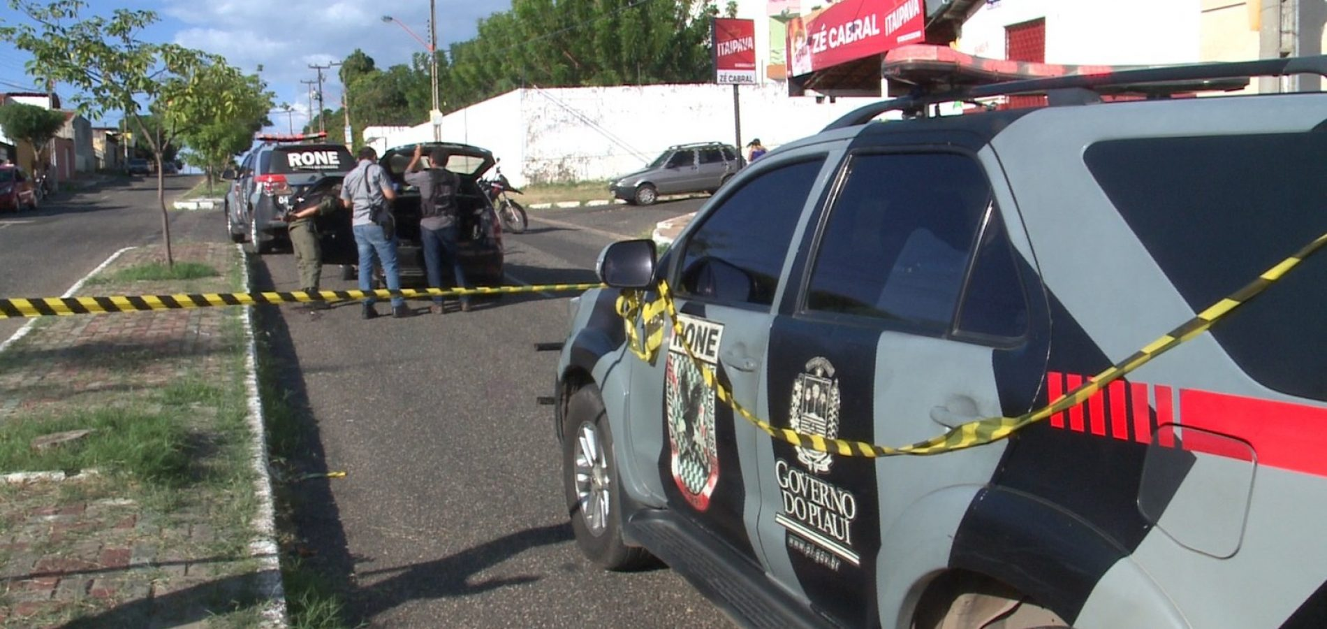 Perseguição policial termina com um assaltante morto, três presos e um ciclista atropelado no PI
