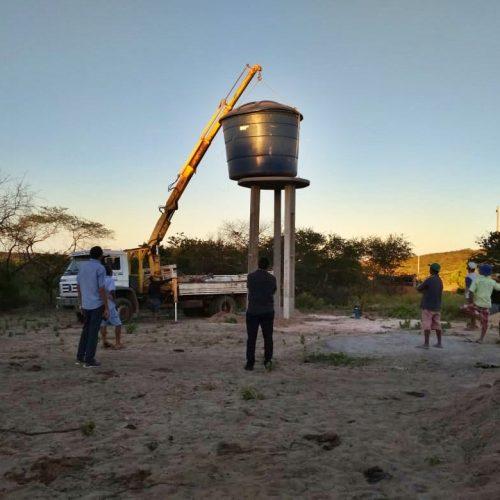 Prefeito de Jaicós acompanha conclusão de obrasde perfuração de poçoem comunidade rural