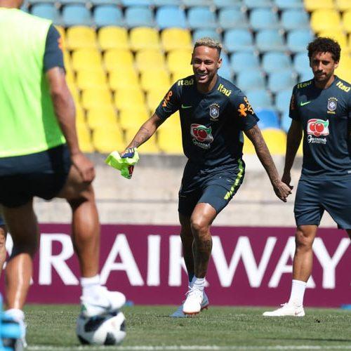 """Neymar diz estar bem e espera exibição """"muito melhor"""" contra a Costa Rica"""