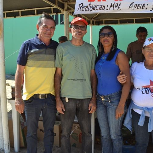 Feira da agricultura familiar acontece em Geminiano com o apoio do prefeito Erculano