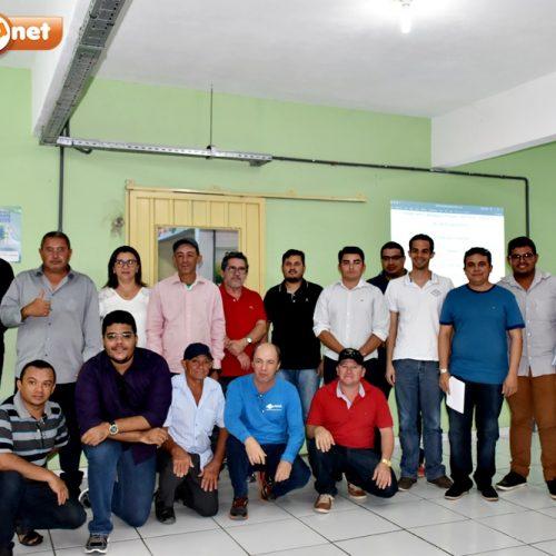 Em São Julião, reunião trata de alocação de água da barragem de Piaus. Veja como foi!
