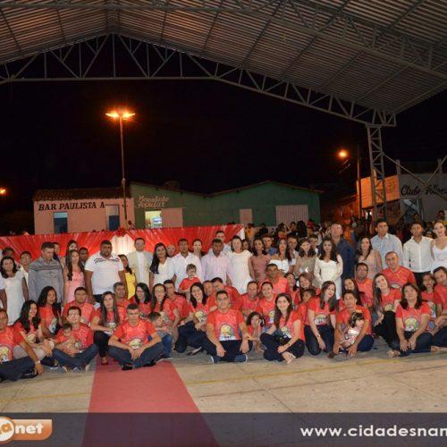 Confira as fotos do casamento comunitário em Francisco Macedo