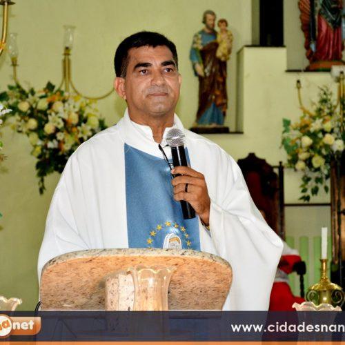 """""""Vou sair levando saudade e deixando amizades"""", diz padre Gregório sobre saída da paróquia de Fronteiras"""