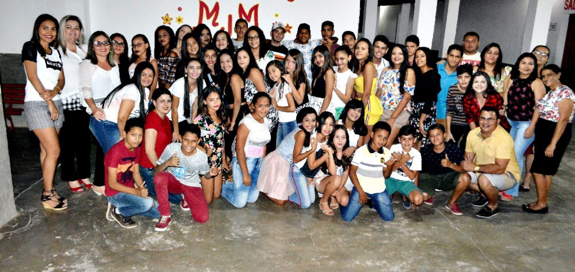 Após sucesso no 'V Arraiá da Alegria', Escola Maria Juceneuda Maia promove confraternização para alunos