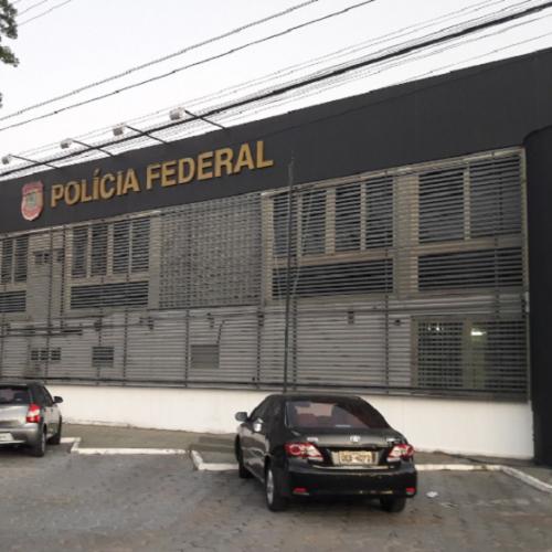 PF prende duas pessoas por divulgar pornografia infantil no Piauí