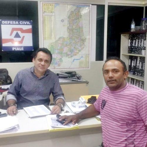 Lideranças políticas buscam retorno da 'operação pipa' na zona urbana de Pio IX