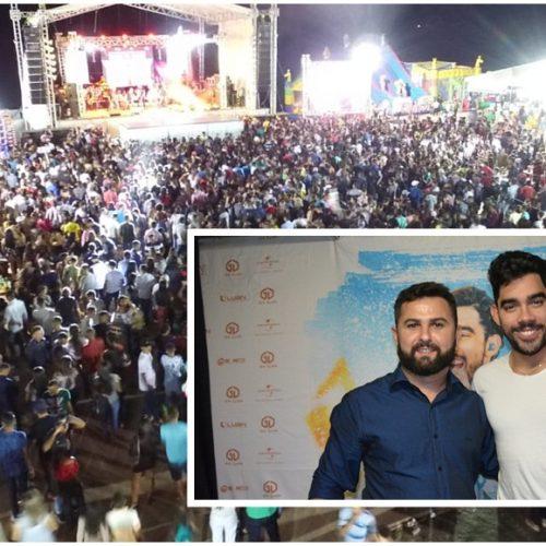 Entregade veículos e show de Gabriel Diniz marcam o primeiro dia da 'Ovinocaprishow' em Jacobina do Piauí