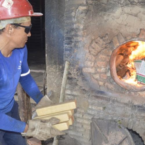 Cerca de 400kg de drogas são incinerados pela polícia no Piauí