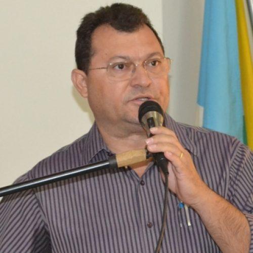 Vereador Chaguinha denuncia Comissão de Licitação ao Ministério Público