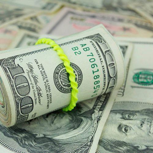 Dólar fura R$ 3,60 com Bolsonaro presidente