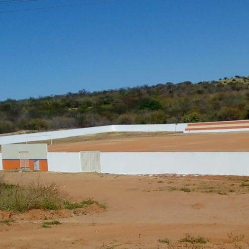 Secretaria de Esportes prepara Estádio para jogos do Campeonato de Futebol de Patos