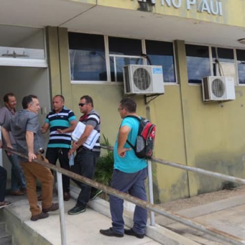 Pescadores do Piauí são vítimas de golpe bancário e estão sem receber benefício