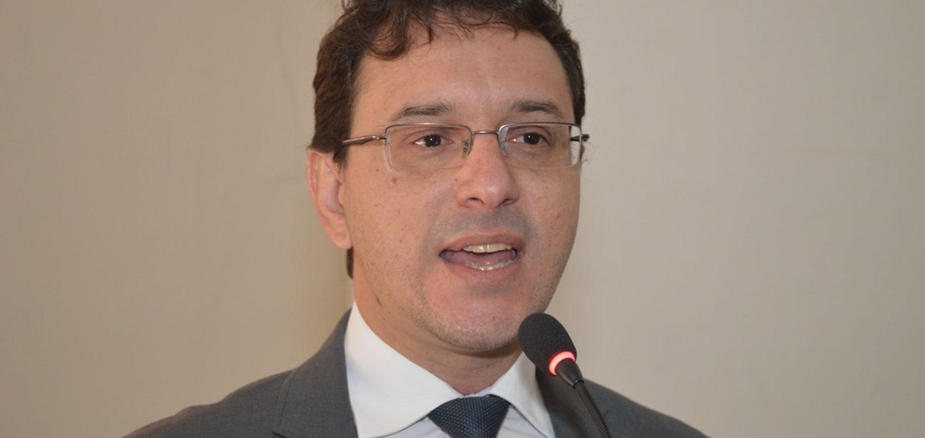 """""""Padre Walmir continuará no cargo e vamos recorrer da decisão"""", diz procurador Maycon Luz"""