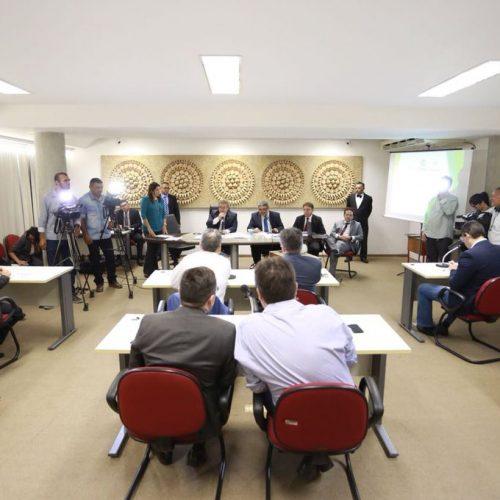 Deputados questionam secretário da Fazenda sobre relatório do TCE